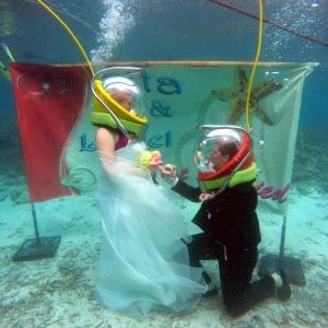 aquaventure marche sous l'eau mariage ile maurice