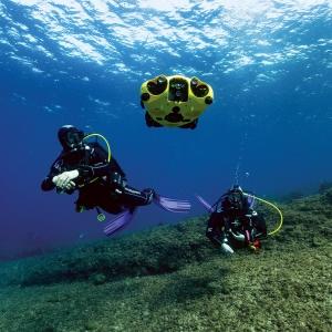 iBubble film et accompagne vos plongées